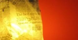 mumble-mumble-lampada di giornale